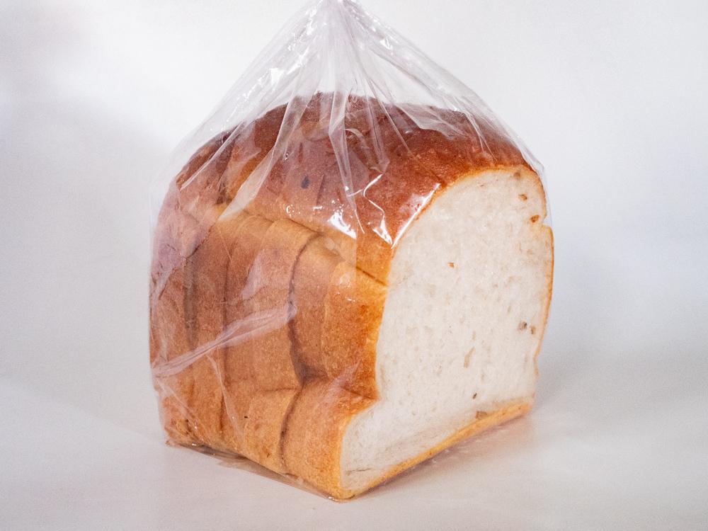 アシェット:笠岡産もち麦の食パン