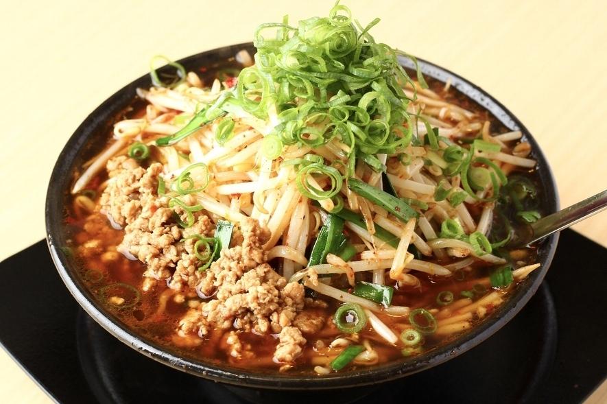 八楽笑:台湾らーめん野菜増し(赤)