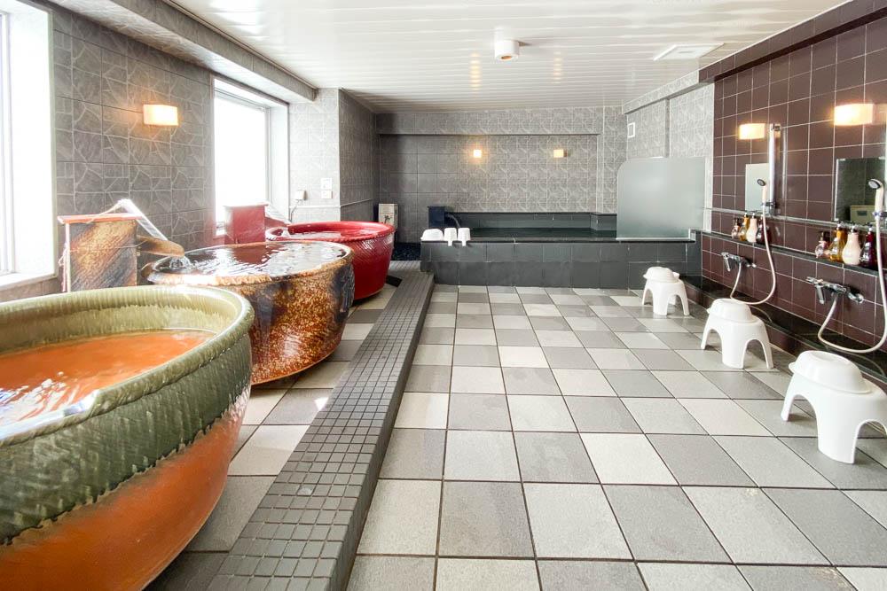 福山オリエンタルホテル ~ 地元野菜たっぷりの朝食と大浴場が魅力の駅近ホテル
