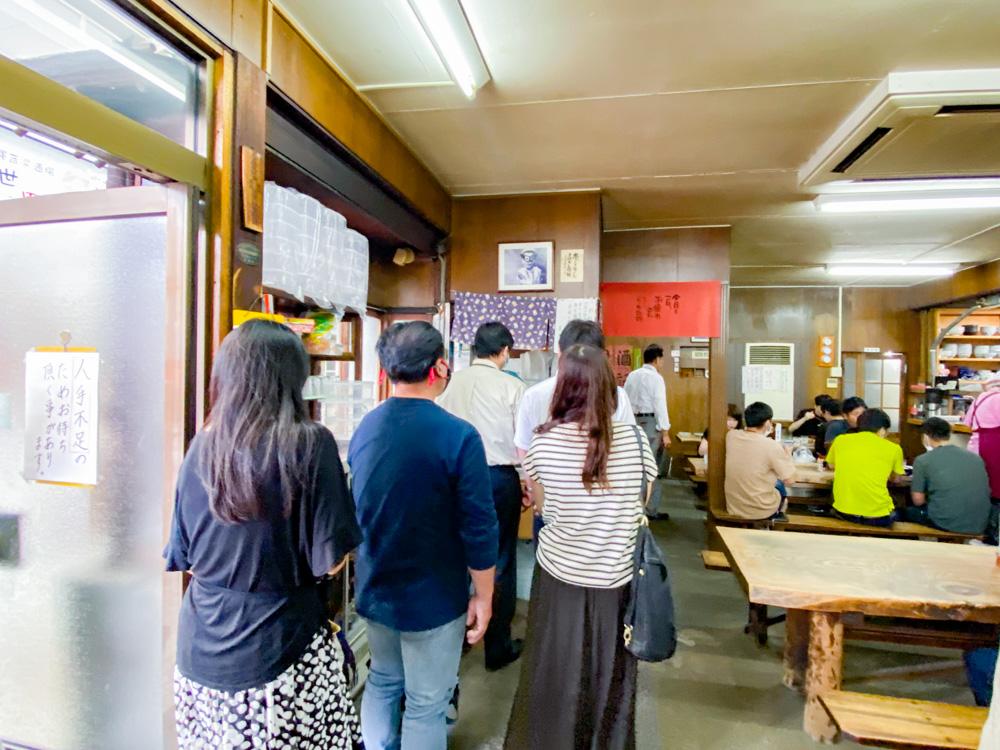 稲田屋:閉店が決まってからの長蛇の列