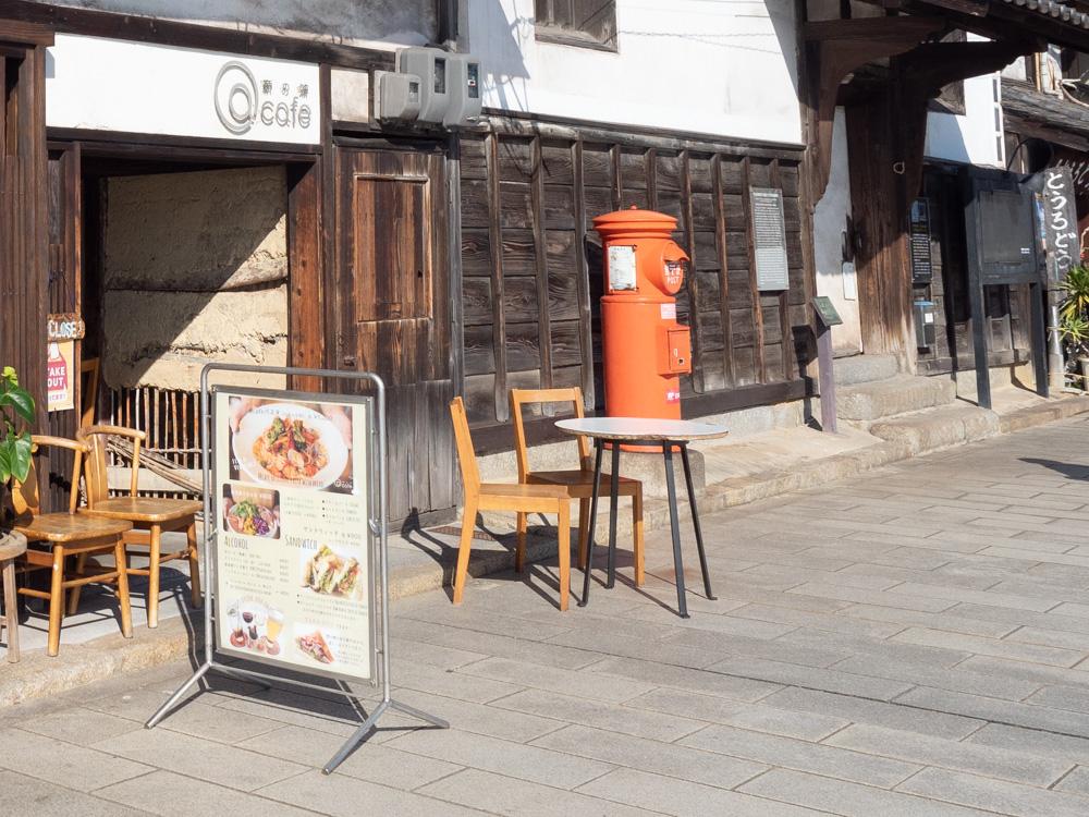 a cafe:テラス席