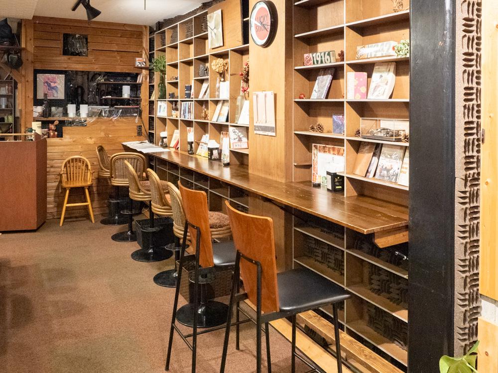 ジョンバーガー&カフェ:店内