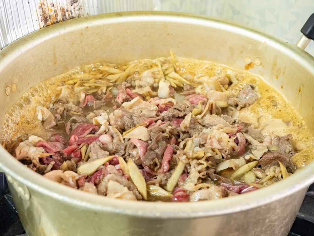 阿藻珍味:肉皿 試作風景