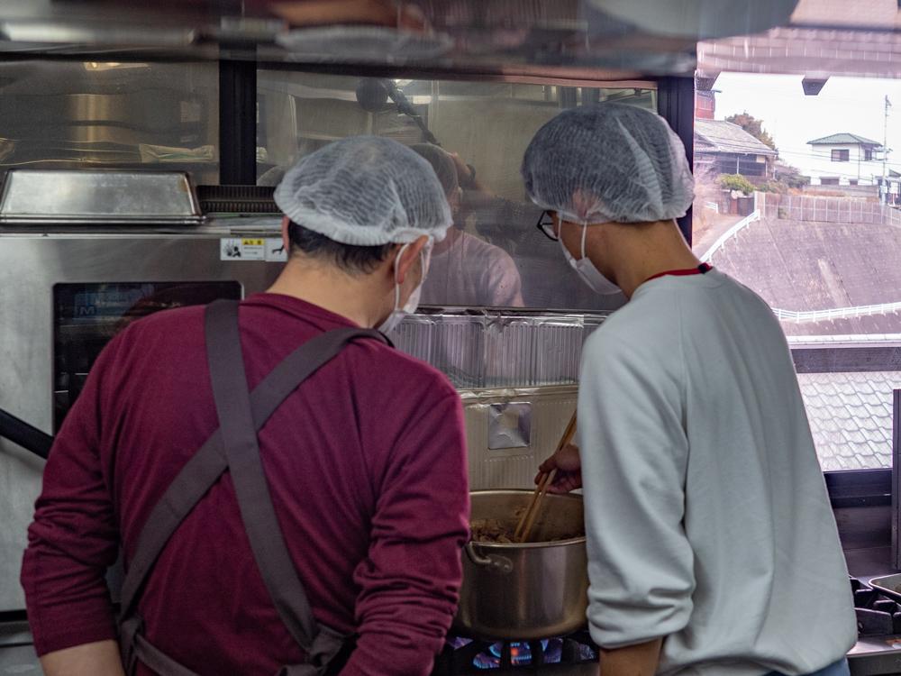 阿藻珍味:関東煮・肉皿 試作風景