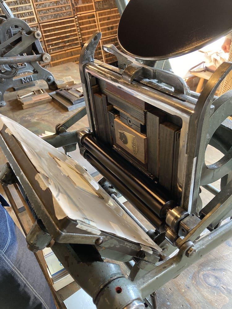 手動活版印刷機の組み版
