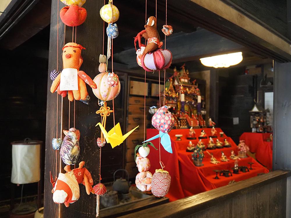 鞆の津の商家の雛飾り