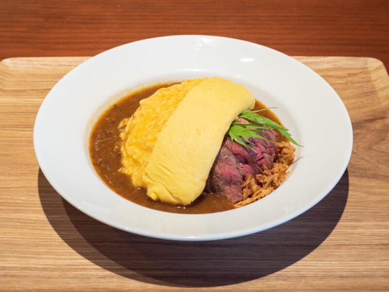 メゾンドシェフごはん:赤城牛のステーキと炊き込みごはんのオムライス