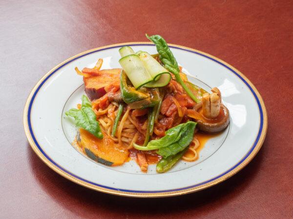イタリアンダイニング Aji-to(アジト) 〜 野菜を生かし野菜をおいしく食べられるイタリア料理店。リーズナブルに本格イタリアンのフルコースも楽しめる