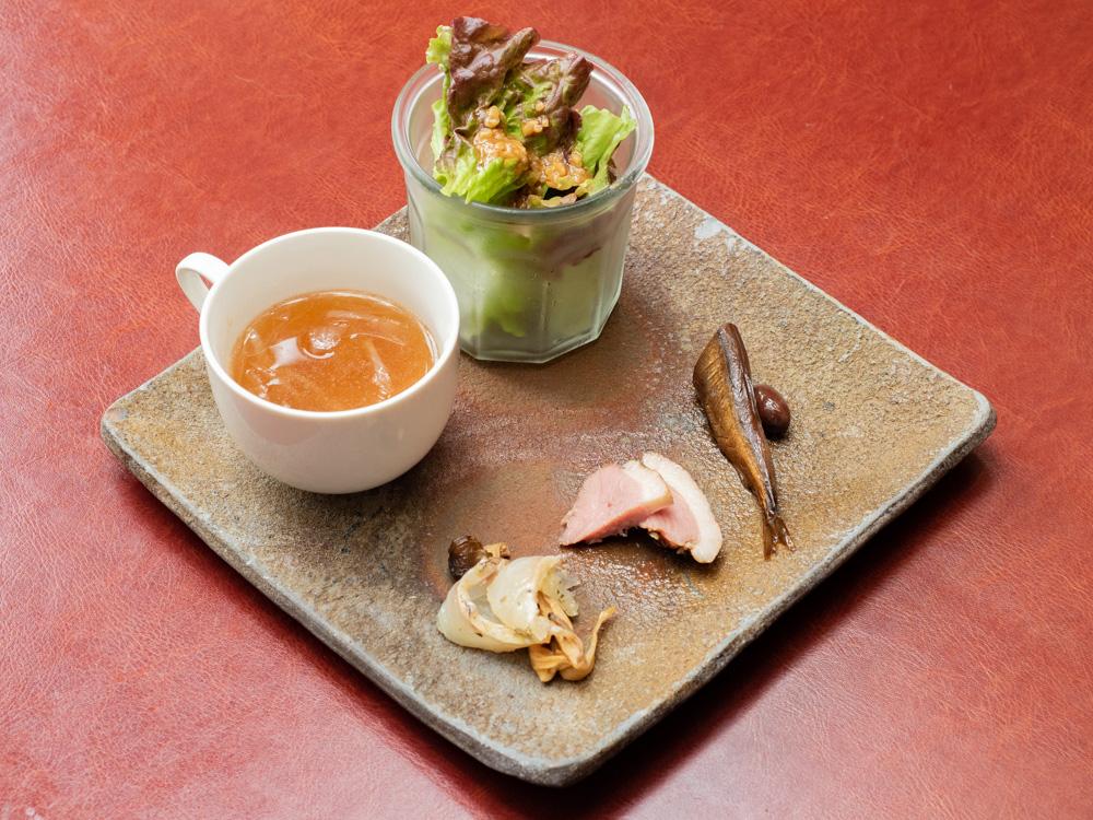 Aji-to:野菜たっぷりナポリタンの前菜