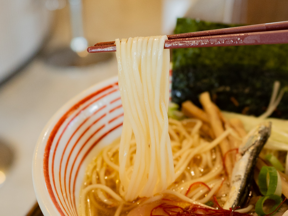 お多津:鶏塩ラーメン(笠岡ラーメン塩味)