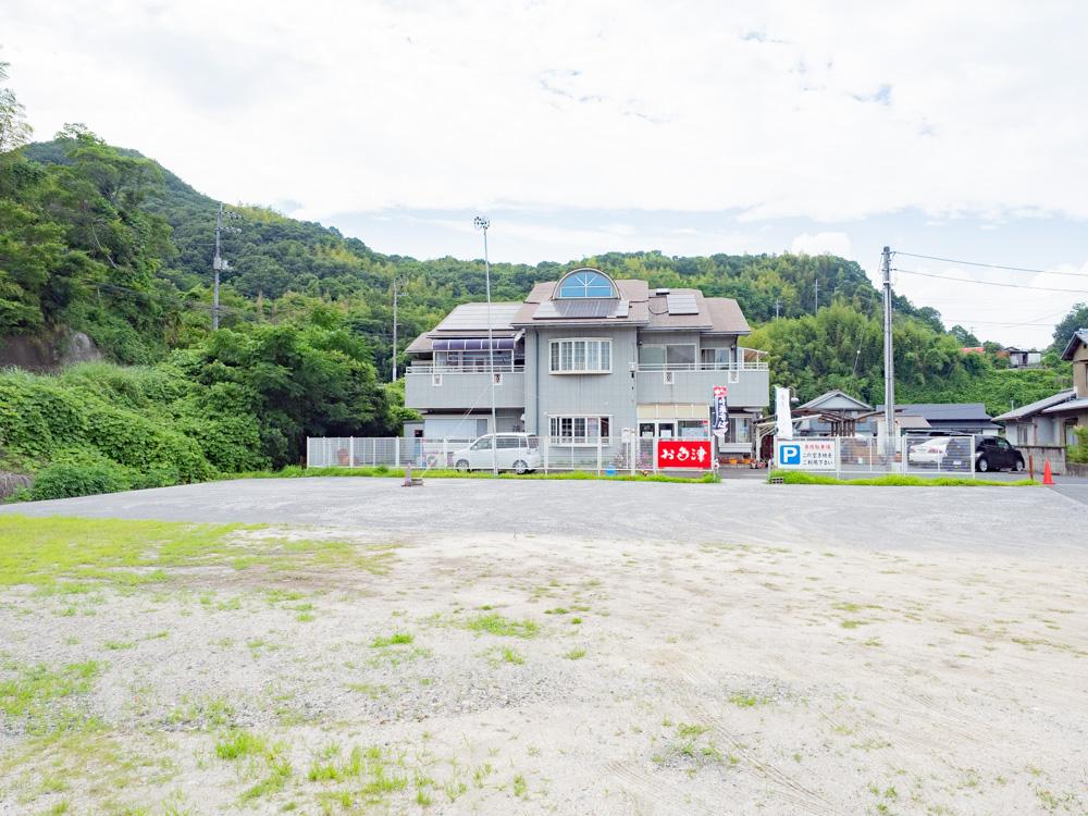 お多津:駐車場
