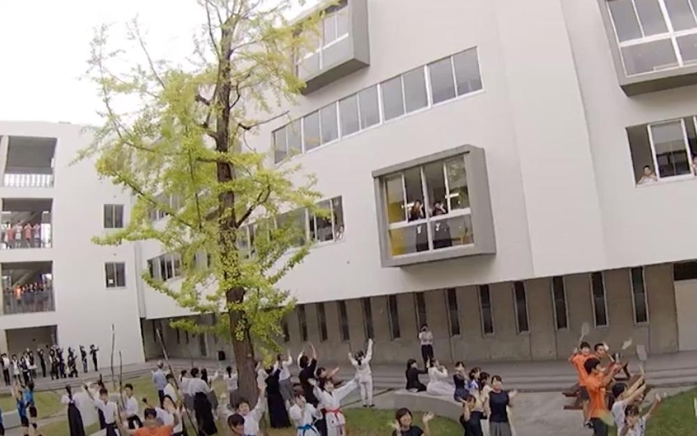 ドローン使用の学校紹介ビデオ