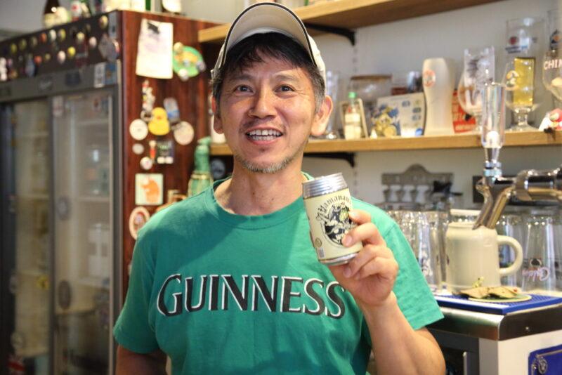 Beer Bar a clueのマスター林さん