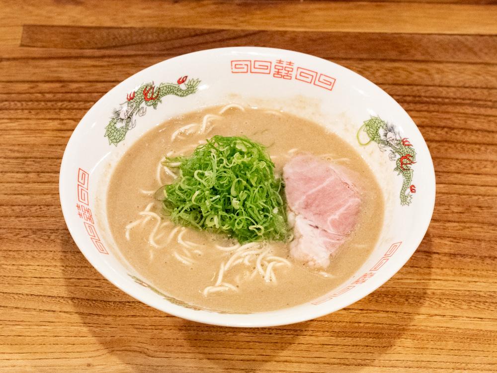 めんや 長いち 〜 福山で本場・九州の本格的な豚骨ラーメンが味わえる!三種類の濃度を選べるのも魅力