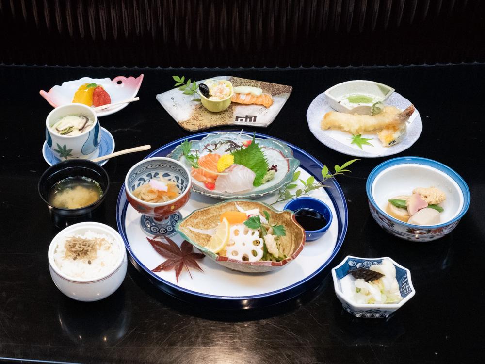 日本料理 川長 〜 正統派の日本料理や郷土の味を残していきたい。ランチから儀式・宴会料理・仕出し・弁当まで幅広く対応